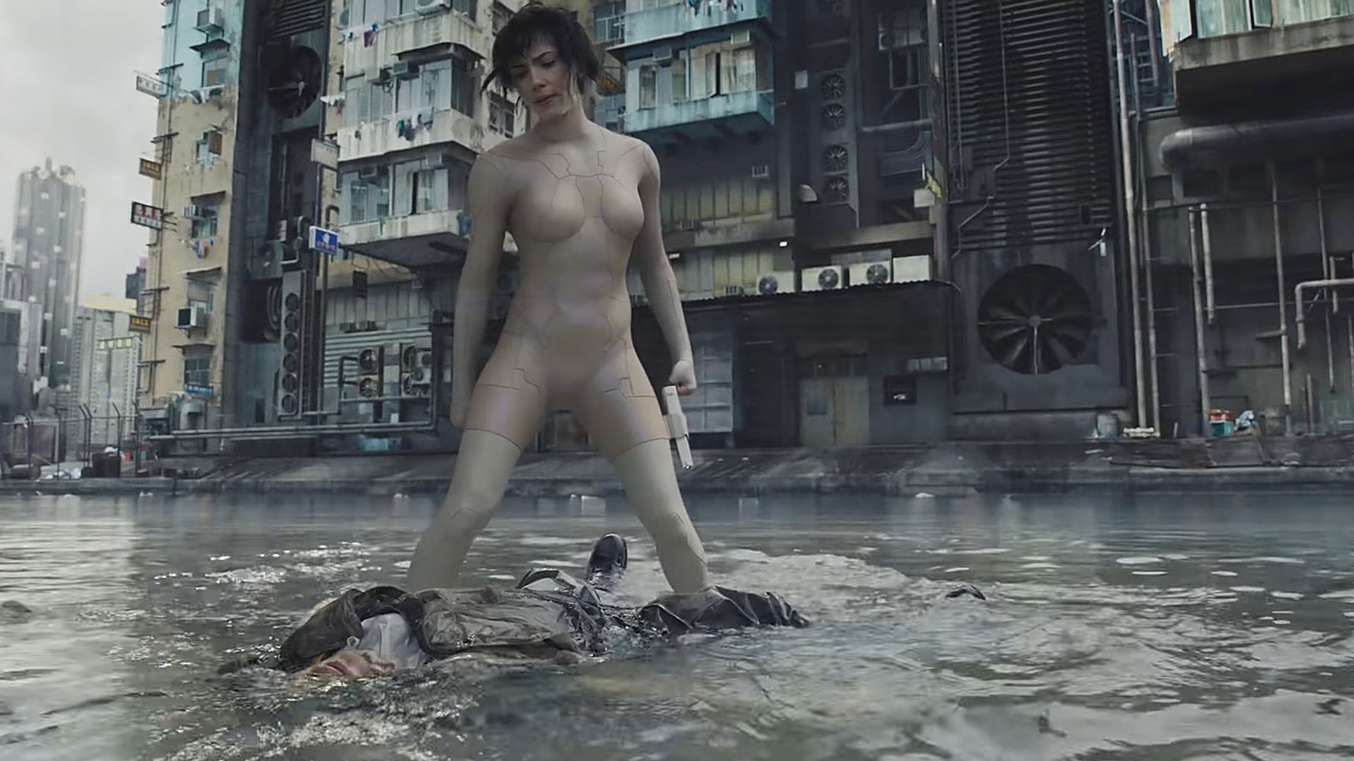 scarlett_johansson_ghost_in_the_shell_body
